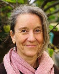Sarah Bonner-Morgan, a teacher at Edinburgh Alexander Training School and private tutor of Alexander Technique