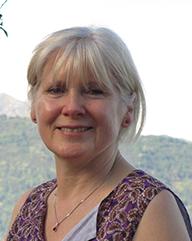 Julia Roberts, a teacher at Edinburgh Alexander Training School with her own private practise teaching Alexander Technique